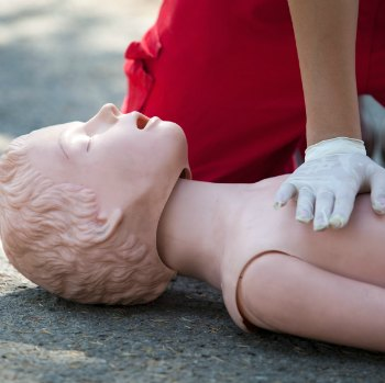 Can I do CPR first aid training in pregnancy?
